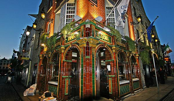 Quays Pub - One of Dublin's Many Colorful Pubs