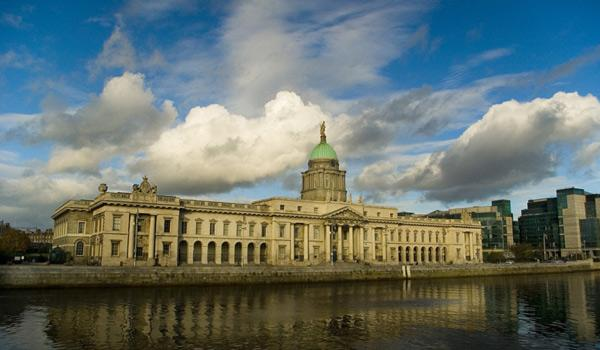 The Custom House Dublin - on the Banks of the River Liffey