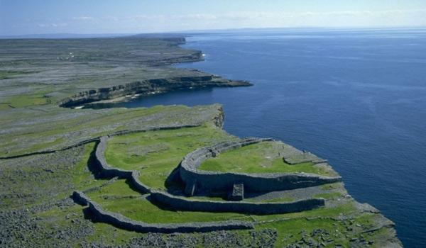 Spectacular Dun Aengus Fort on the Aran Islands