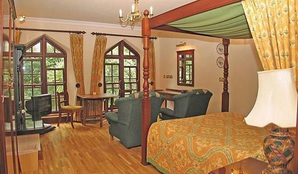 Abbeyglen Castle Bedroom