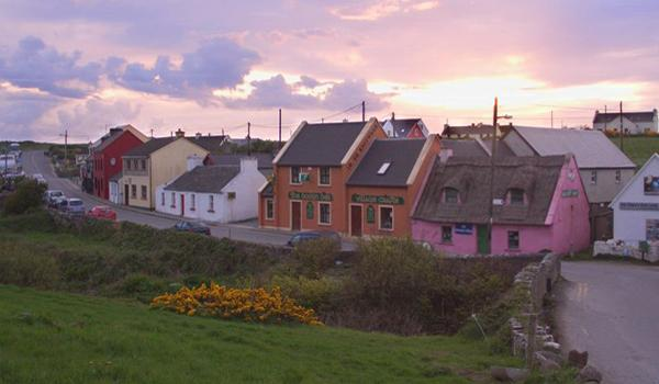 Doolin Cottages   Doolin Village