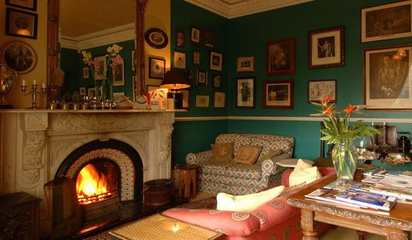 The Cozy & Inviting Guest Lounge at The Mustard Seed