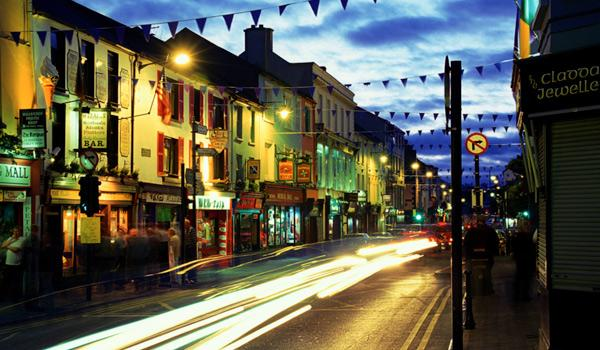 Killarney Town by night