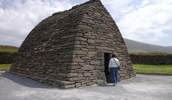 Gallarus Oratory - Dingle - Dates Back to the 6th Century