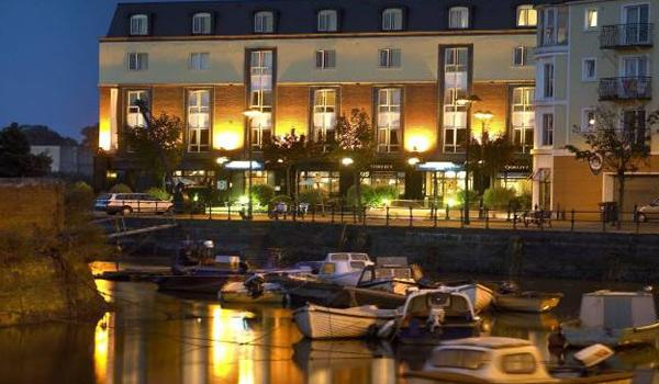 The Waterford Marina Hotel