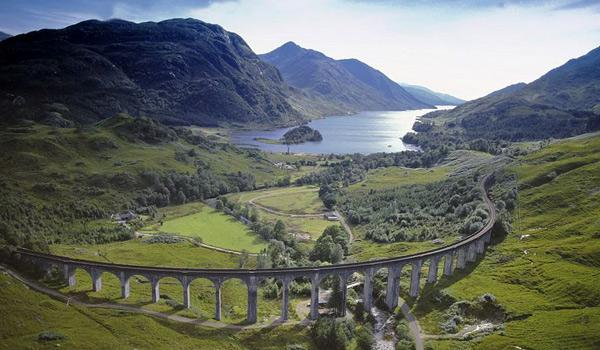 The spectacular Glenfinnan Viaduct near Fort William