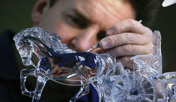 Waterford Crystal Sculptor at work