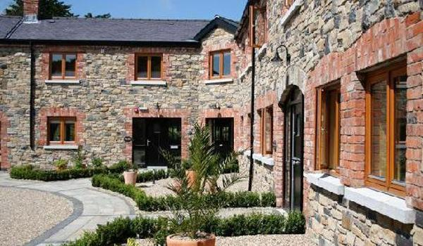 Decoy Country Cottages in Decoy, County Meath