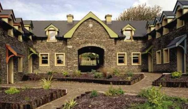 Dingle Courtyard Cottages in County Kerry
