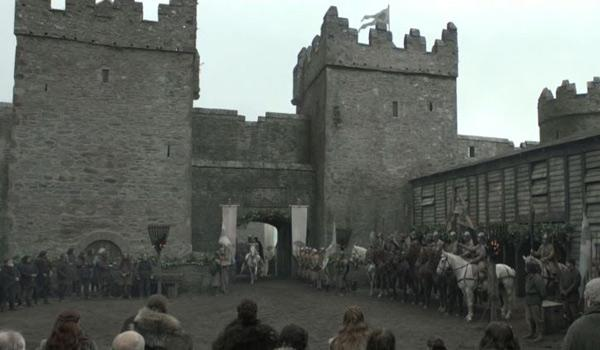 King Robert Baratheon's arrival at Winterfell - a.k.a. Castle Ward (Pic Courtesy of HBO)