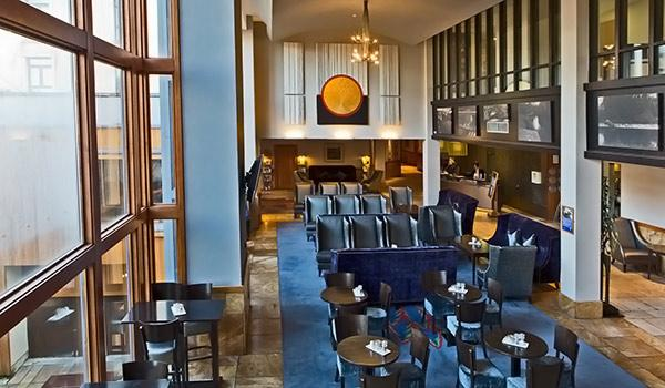 The Ormonde Hotel is only a stone's throw from the famous Kilkenny Castle.