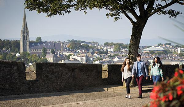 Stroll Derry's Ancient City Walls