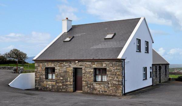 Doolin Cottages   Ext