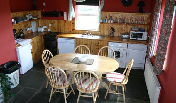 Doolin Cottages   Kitchen2