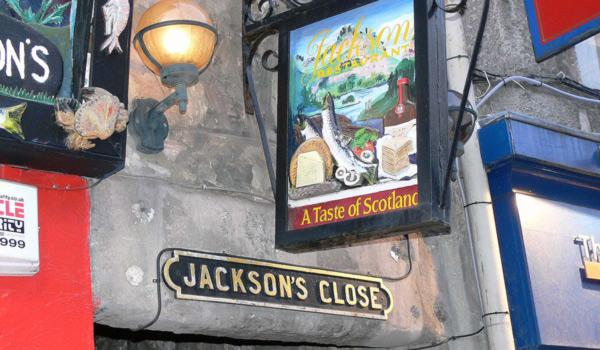 edinburgh pub sign
